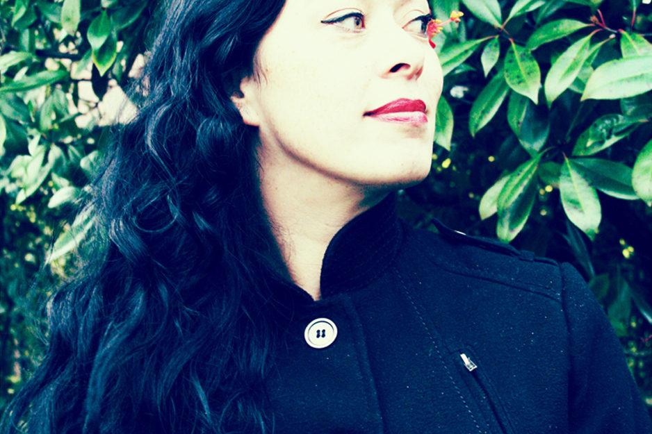 New Born UFOs / Claudia Zen Karan